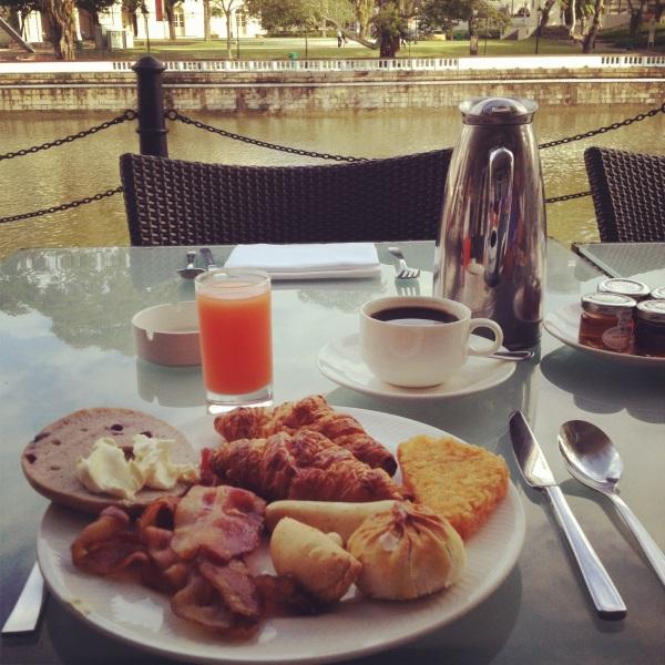 Breakfast Buffet at Fullerton Hotel, Singapore