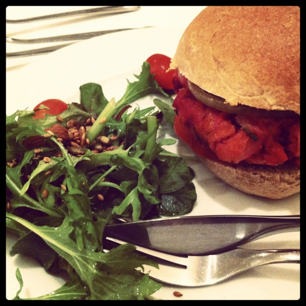 Beet Burger (Real Food, SIngapore)